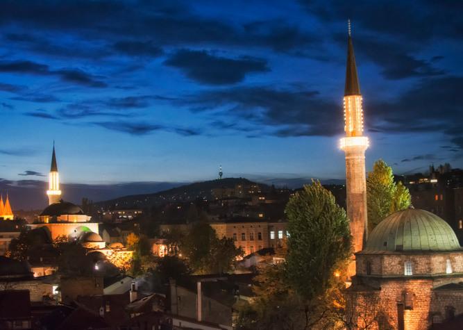 Sarajevo di notte